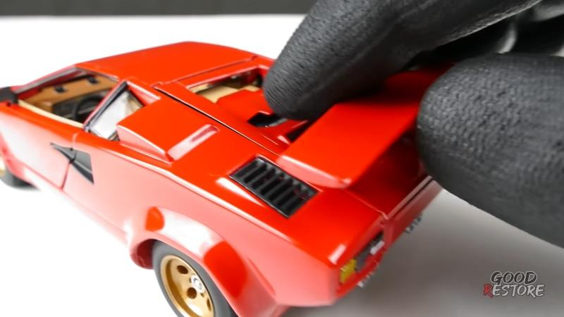 Restoring a Lamborghini Countach Die-Cast Is Hard Work, But The Result Will Leave You Drooling