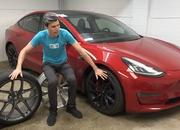 You Might Want to Think Twice About Putting Big Wheels On Your EV - image 947573