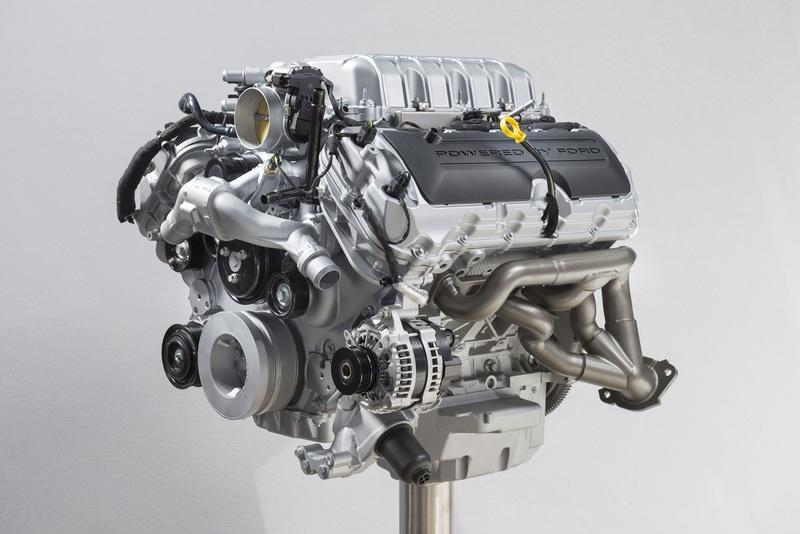 """Your Next Crate Engine Should Be the Ford Mustang Shelby GT500 """"Predator"""" V-8"""