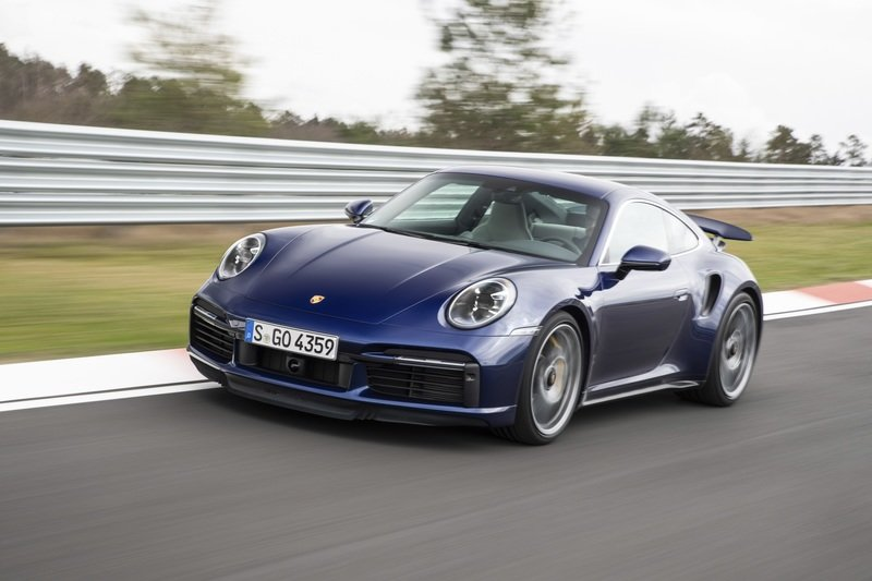 Can the Porsche 911 Turbo S Be Faster With Less Weight?