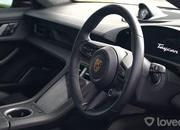 This Race Between a Lamborghini Aventador SV and a Porsche Taycan Turbo S Might Upset You - image 957397