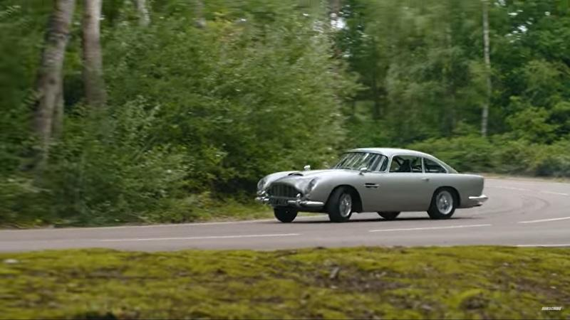 This Video Of The STIG Drift James Bond's Aston Martin DB5 Is The Best Thing You'll See This Year - image 961456