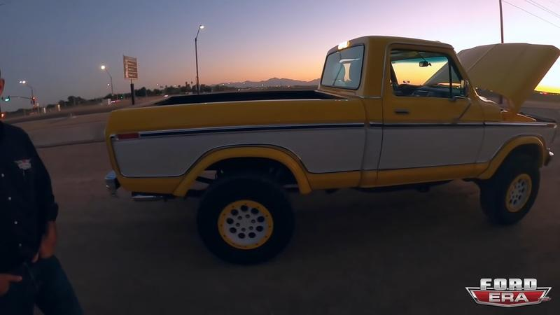 This Truck Is a 2014 Ford Raptor With a 1979 Face And It's Retrolicious