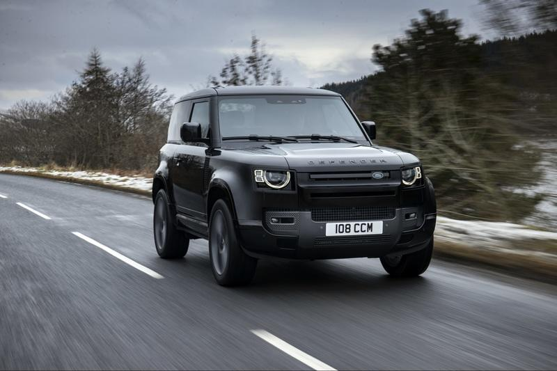 2022 Land Rover Defender Debuts With A V-8 Engine