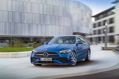 The 2022 Mercedes C-Class Is Bringing S-Class Tech To The Middle Class