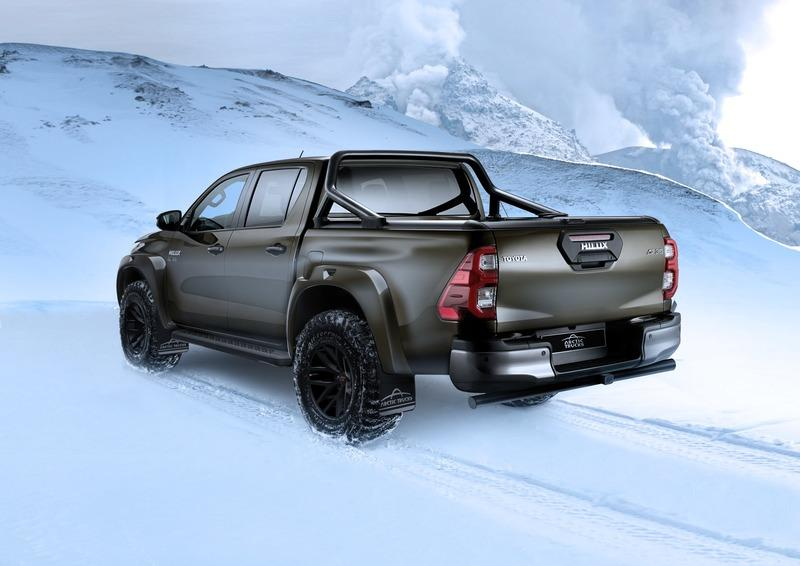 Is The Toyota Hilux AT35 a True European Competitor for the Ford Ranger Raptor? Exterior Wallpaper quality - image 969270