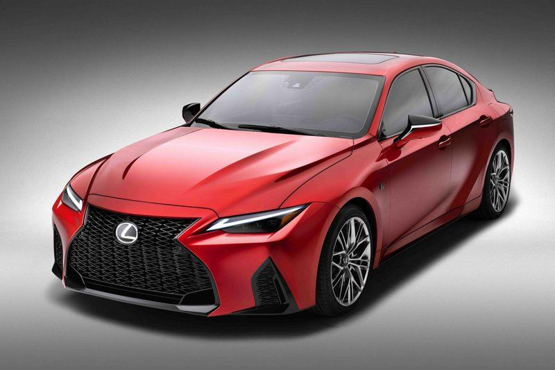 The 2022 Lexus IS 500 F Sport Performance Takes Aim At the BMW M3 and Audi RS5