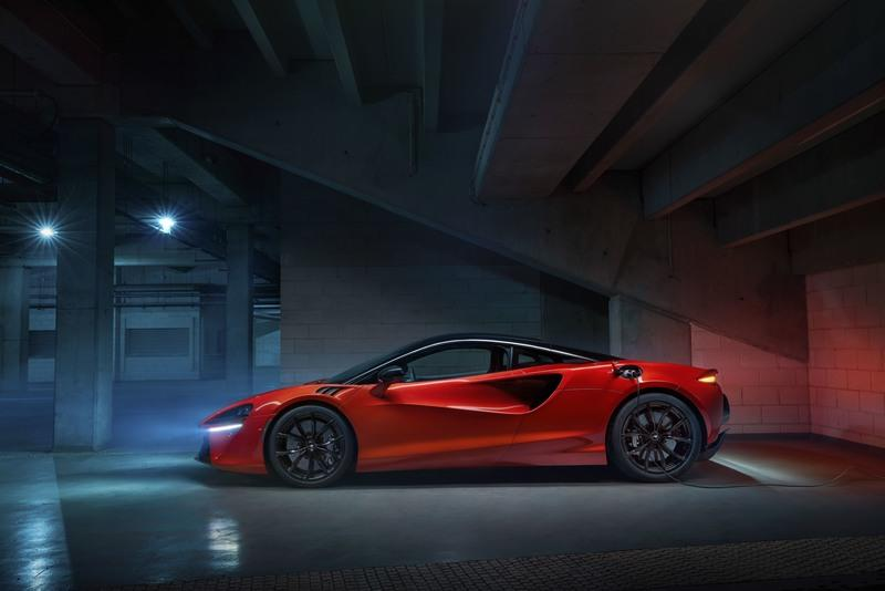 McLaren Artura - The Plug-In Hybrid Supercar Without a Reverse Gear! Exterior Wallpaper quality High Resolution - image 971419