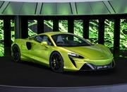 McLaren Artura - The Plug-In Hybrid Supercar Without a Reverse Gear! - image 971463