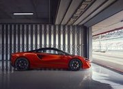 McLaren Artura - The Plug-In Hybrid Supercar Without a Reverse Gear! - image 971424