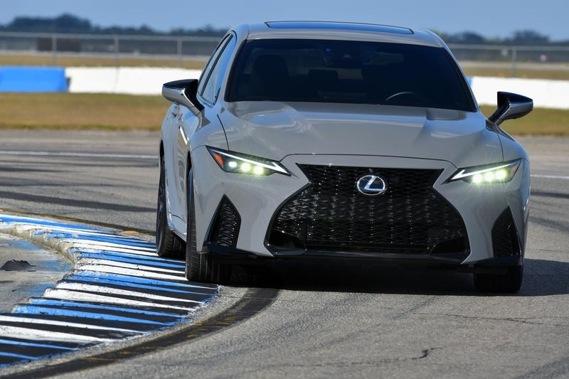 2022 Lexus IS 500 F Sport Performance Launch Edition Exterior Wallpaper quality - image 978078