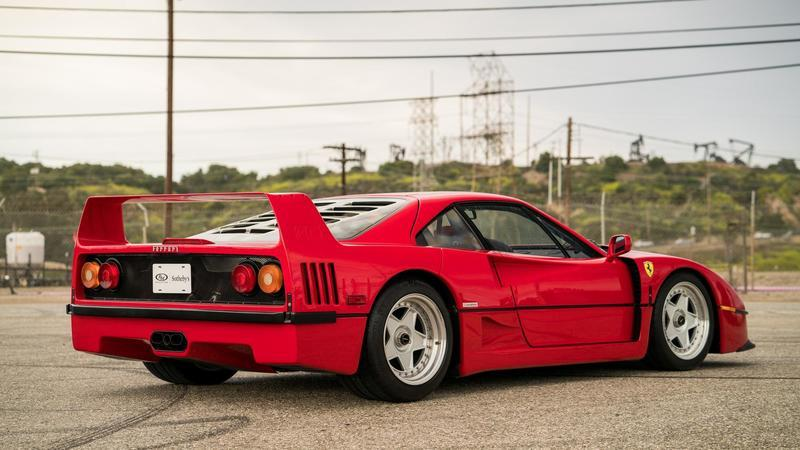 Ferrari F40 - A Car With Heritage And a Few Secrets Exterior - image 979006