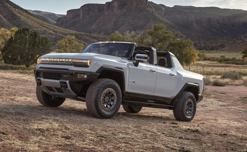 The First GMC Hummer EV Goes For $2.5 Million At An Auction For Charity
