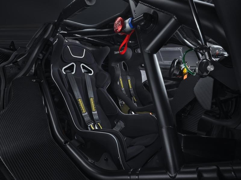 Learn Everything You Need to Know about the McLaren 720GT3X - image 977307