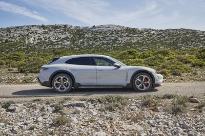 The 2022 Porsche Taycan Sport Turismo Doubles Down on Practicality