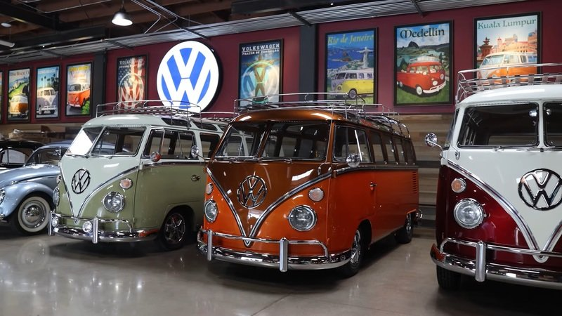 This Comedian Has More Than 80 Different Examples of the Volkswagen Bus