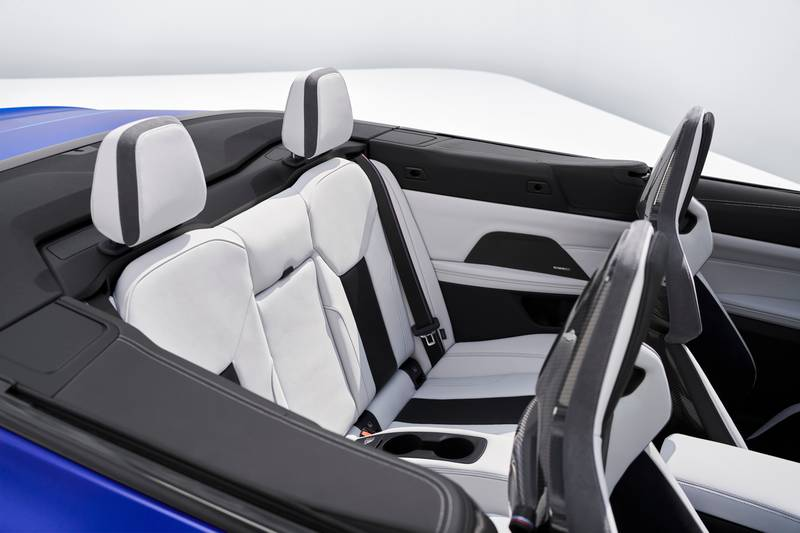 2022 BMW M4 Competition Convertible M xDrive Interior - image 991093