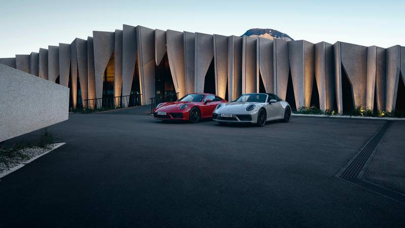 2022 Porsche 911 GTS – Filling the Gap Between the Carrera S and 911 Turbo Exterior - image 996920