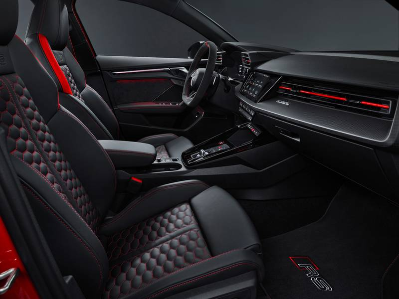 The 2022 Audi RS3 Is All Show and All Go With Aggressive Design and a 401-Horspeower Inline-Five Interior - image 1002845