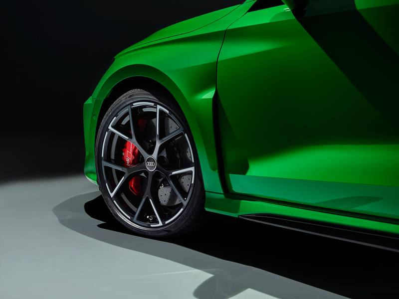 The 2022 Audi RS3 Is All Show and All Go With Aggressive Design and a 401-Horspeower Inline-Five Exterior - image 1002911
