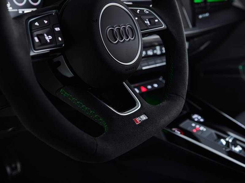 The 2022 Audi RS3 Is All Show and All Go With Aggressive Design and a 401-Horspeower Inline-Five Interior - image 1002934