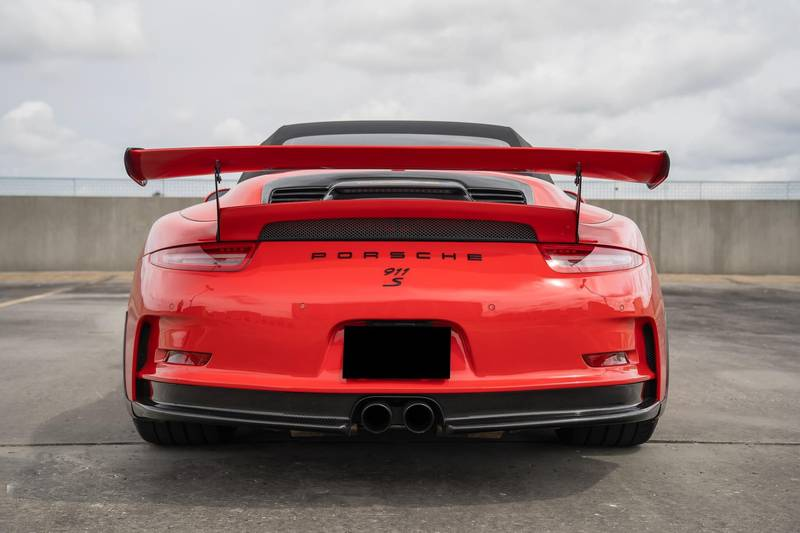 No, This Isn't a Porsche 911 GT3 RS Cabriolet, but it Sure Does Look Like It Exterior - image 999047