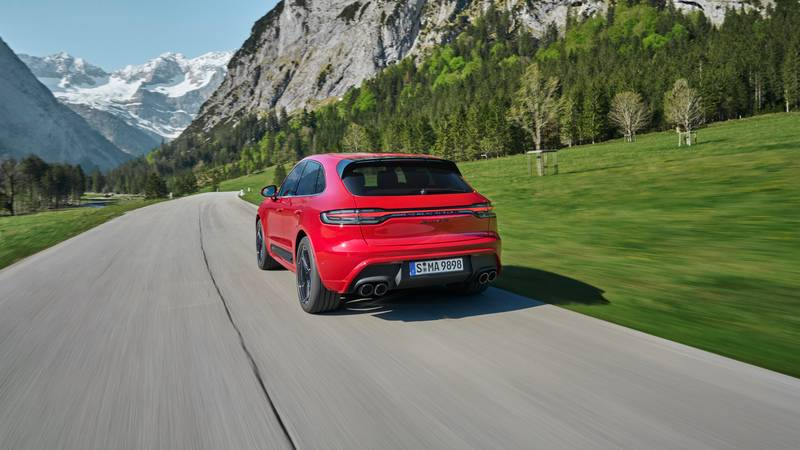 The Gas-Powered Macan Won't Survive Beyond Its 10th Birthday Exterior Wallpaper quality - image 1003344