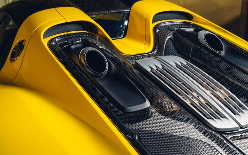 This Racing Yellow Porsche 918 Spyder Wouldn't Be A Bad Way To Spend $1.23 Million Exterior - image 998975