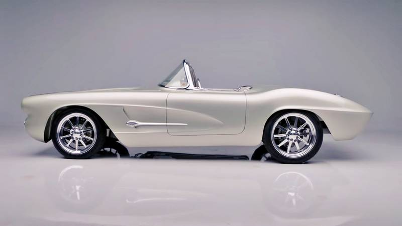 1962 Chevrolet Corvette Roadster with 700 miles comes up for sale at Barrett Jackson Exterior - image 1015611