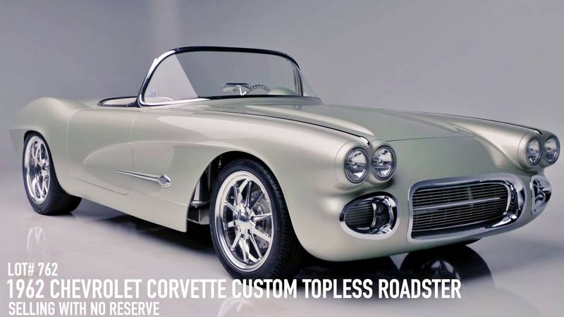 1962 Chevrolet Corvette Roadster with 700 miles comes up for sale at Barrett Jackson Exterior - image 1015599