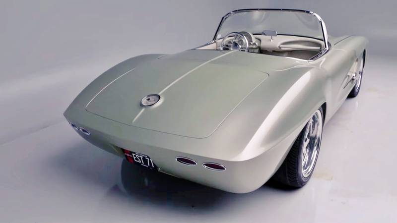 1962 Chevrolet Corvette Roadster with 700 miles comes up for sale at Barrett Jackson Exterior - image 1015601
