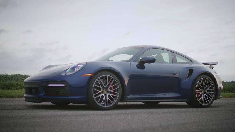 A Porsche 911 Turbo Gives The BMW M5 CS A Taste Of Its Own Medicine On The Drag Strip - image 1016136