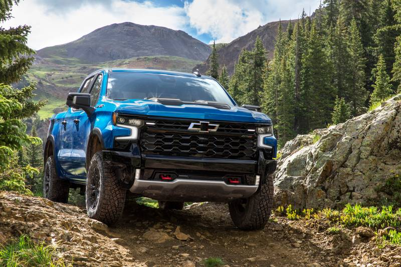 Meet the New Chevy Silverado ZR2 - A Truck That's Meant to Go Off-Road Exterior - image 1016421