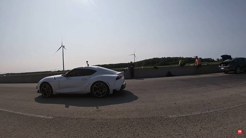 Drag Race: Can The Mustang GT Convertible Take On The GT Supra? - image 1017929