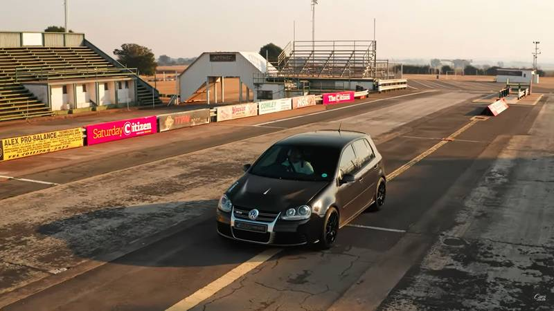 This 1,000 HP VW Golf R32 Is The Perfect Daily Driver - image 1018572