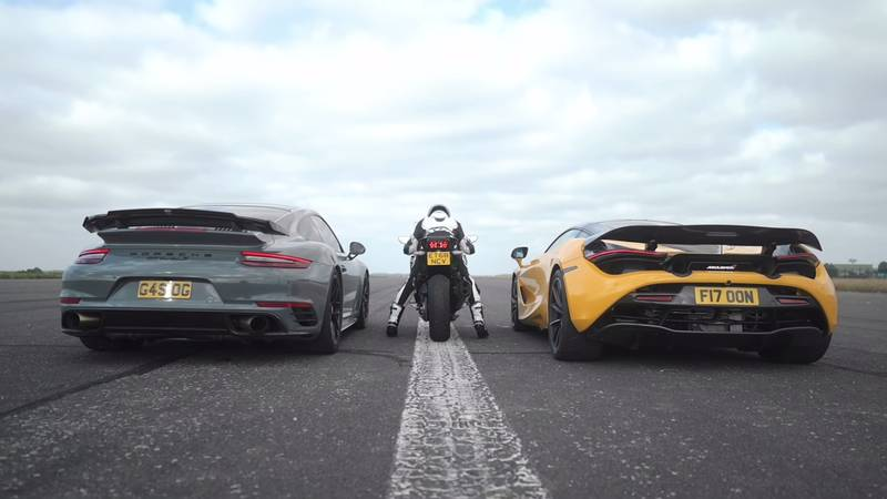 Watch A McLaren 720S Get Spanked By A Kawasaki Superbike And A Porsche 911 Turbo S - image 1020484
