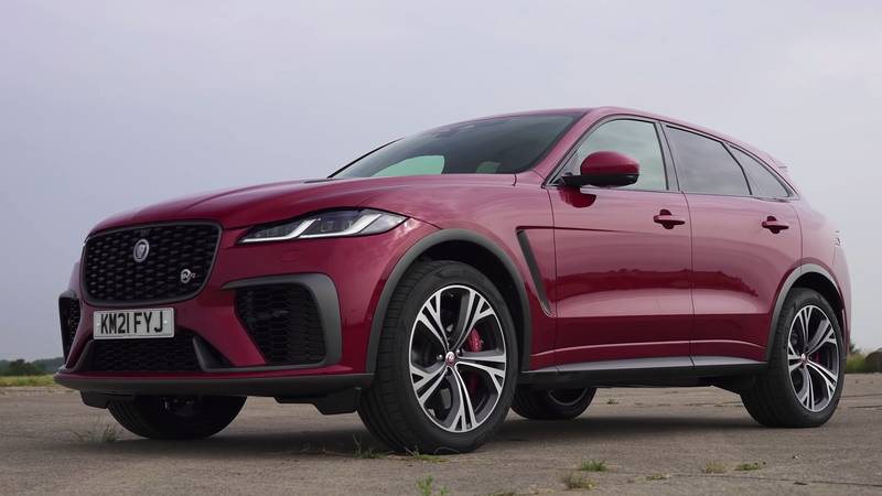 Watch The BMW X3 M, The Jaguar F-Pace, And The Alfa Romeo Stelvio Get Railroaded By The Mercedes-AMG GLC 63! - image 1016083
