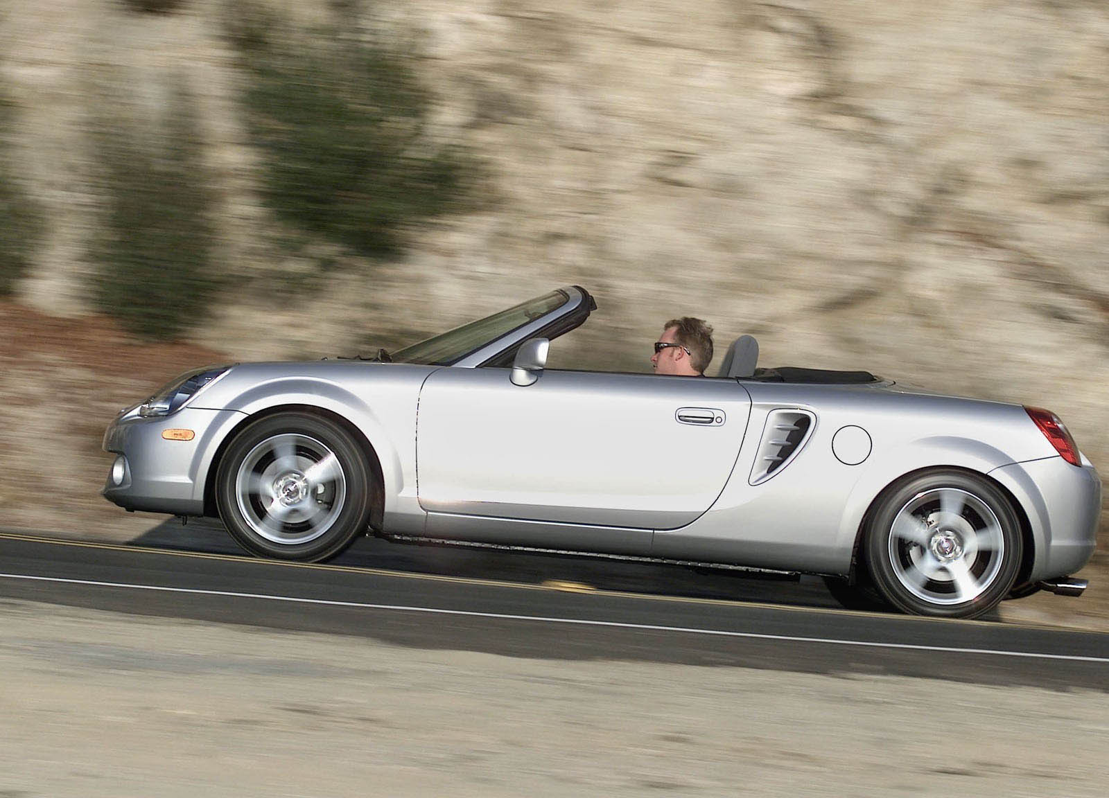 2000 2005 Toyota Mr2 Spyder Review Gallery Top Speed