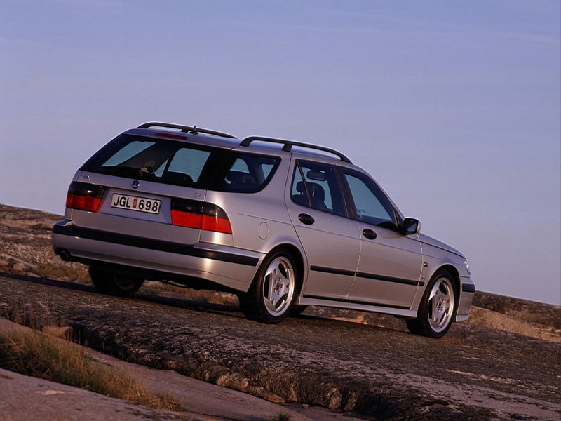 2002 2003 saab 9 5 aero wagon review top speed. Black Bedroom Furniture Sets. Home Design Ideas