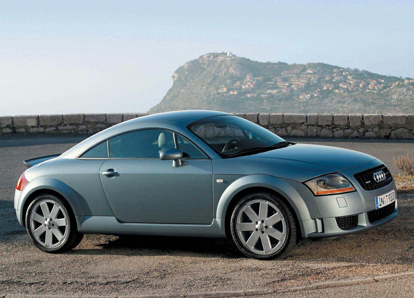 2004 Audi TT Coupe Gallery 1981 | Top Speed