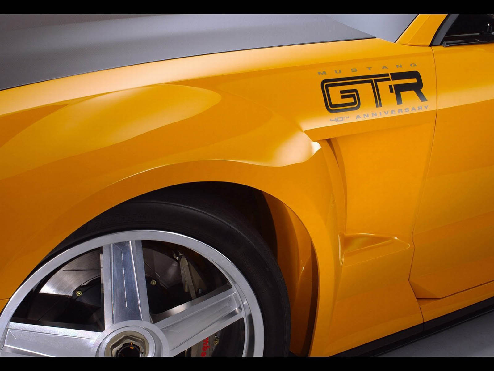 2005 ford mustang gtr top speed