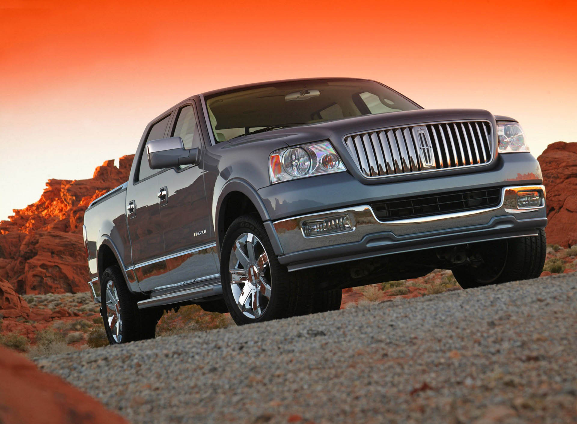 Types Of Pickup Trucks >> 2006 Lincoln Mark LT | Top Speed