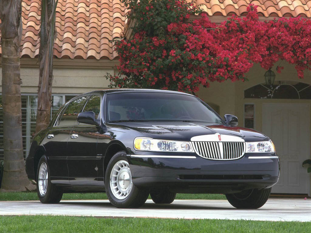 2006 Lincoln Town Car Top Speed