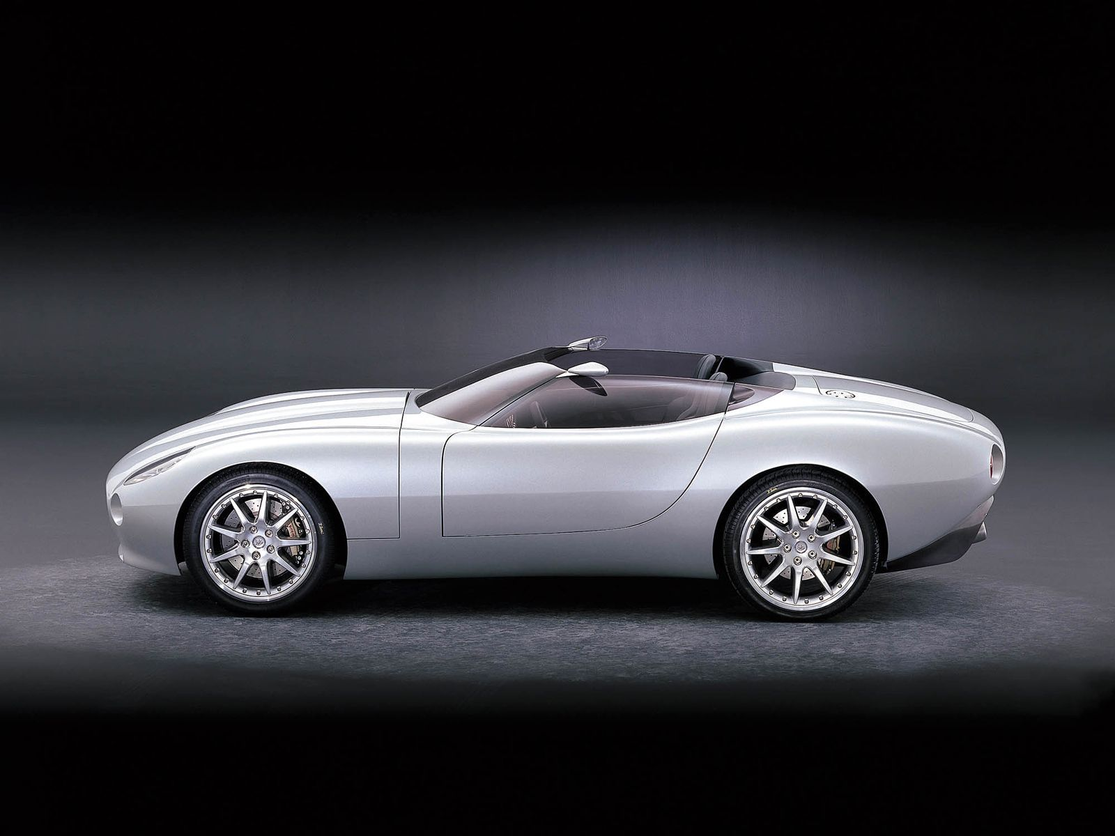 Jaguar s f type concept roadster was unveiled at the north american international auto show in detroit on january 11 2000 inspired by the xk180 concept car
