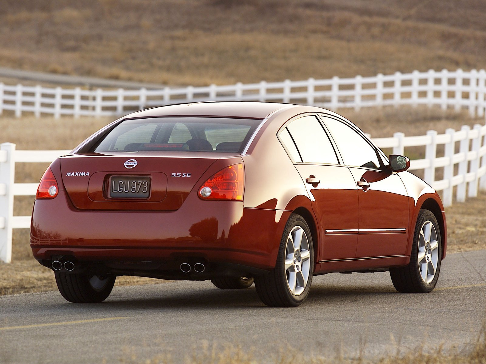 2004 nissan maxima review - top speed