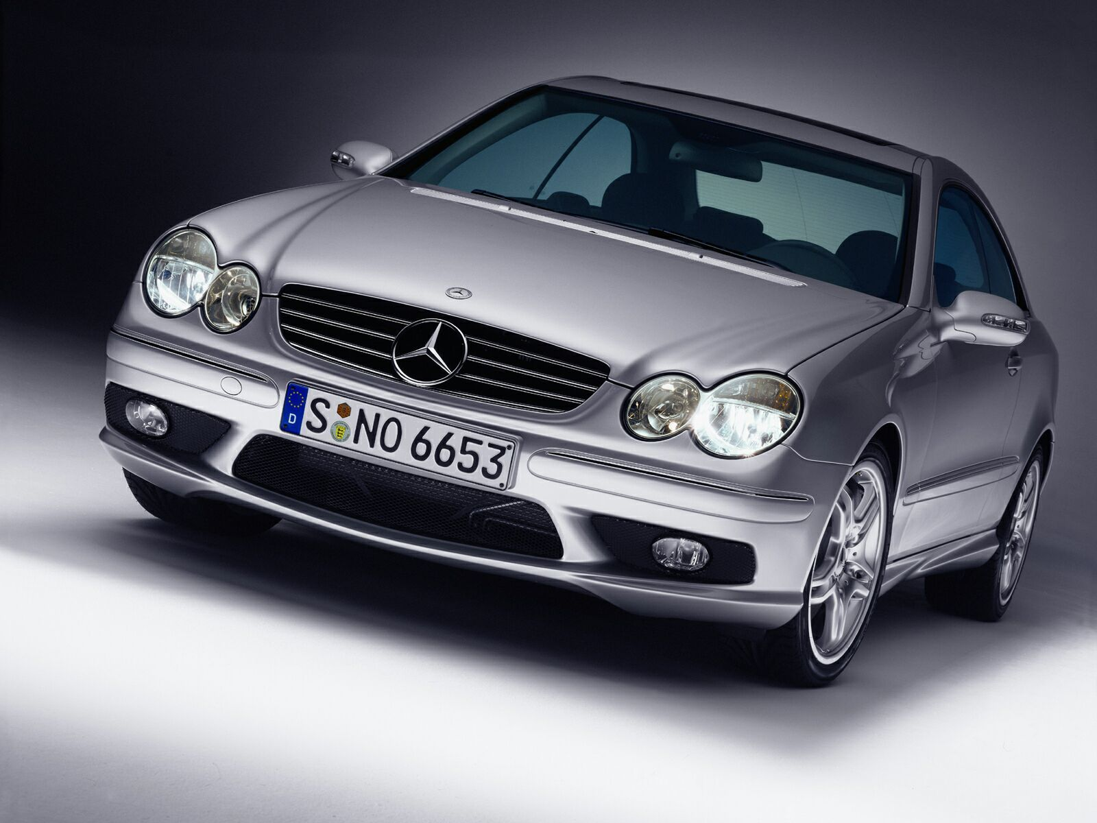 2005 mercedes clk 55 amg gallery 29316 top speed. Black Bedroom Furniture Sets. Home Design Ideas