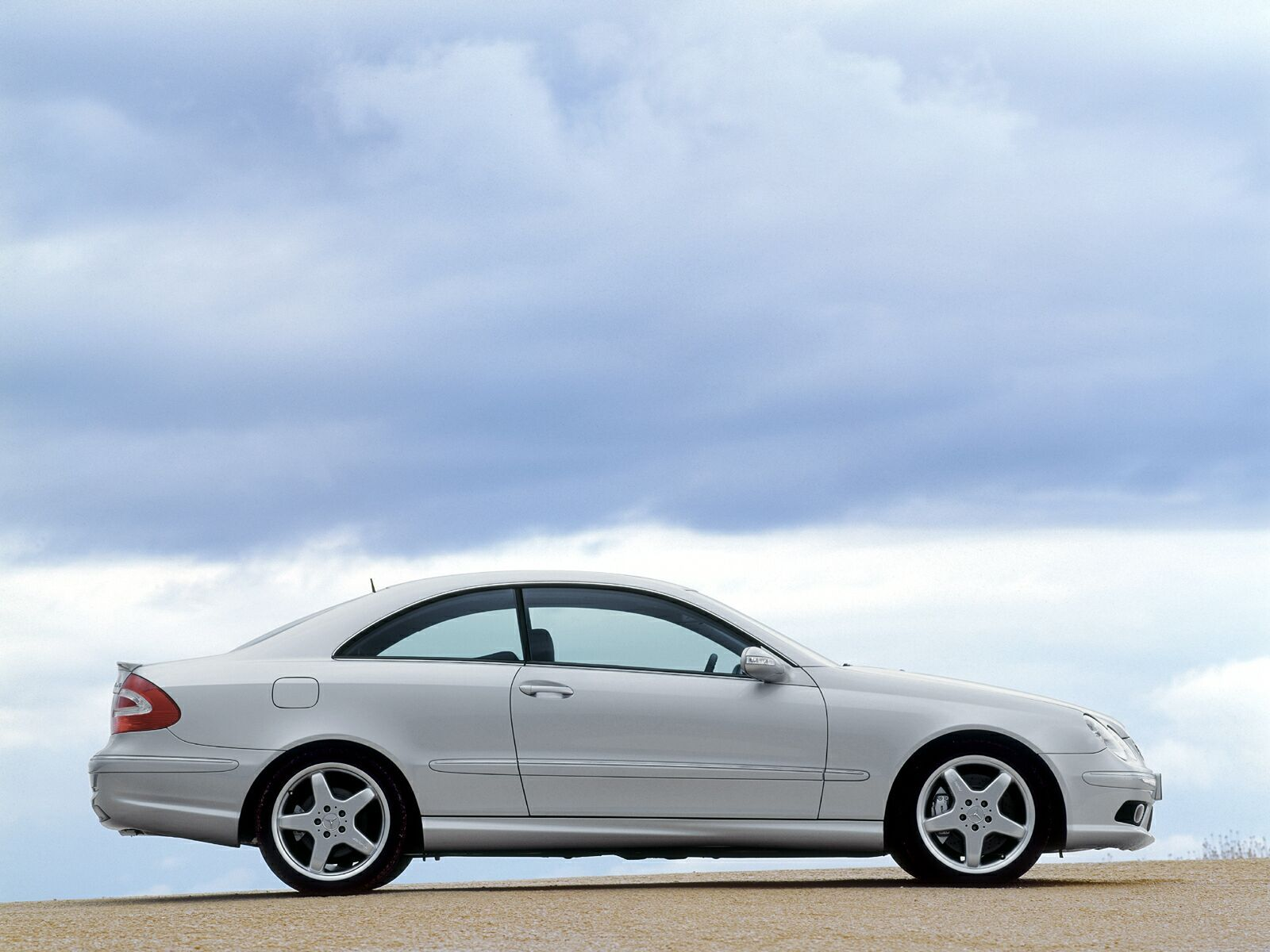 2005 mercedes clk 55 amg gallery 29308 top speed. Black Bedroom Furniture Sets. Home Design Ideas