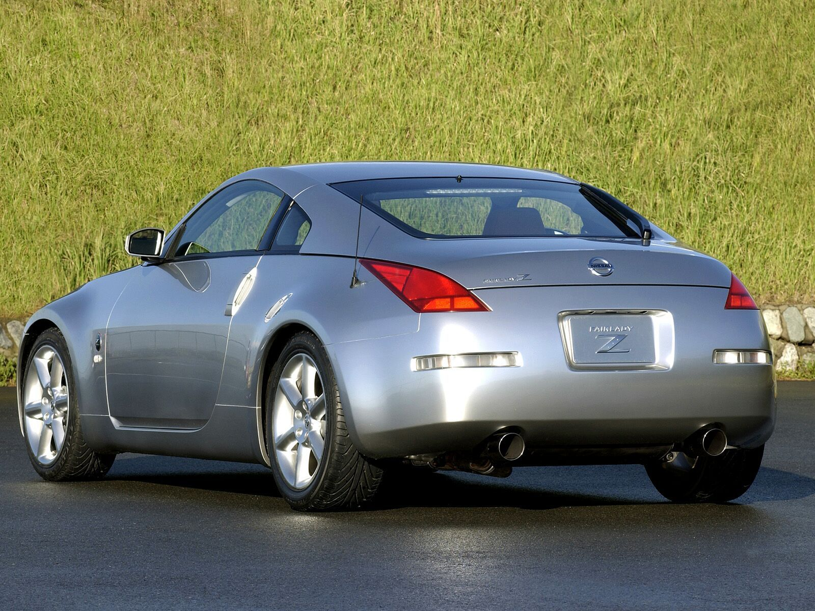 2005 Nissan 350Z Review