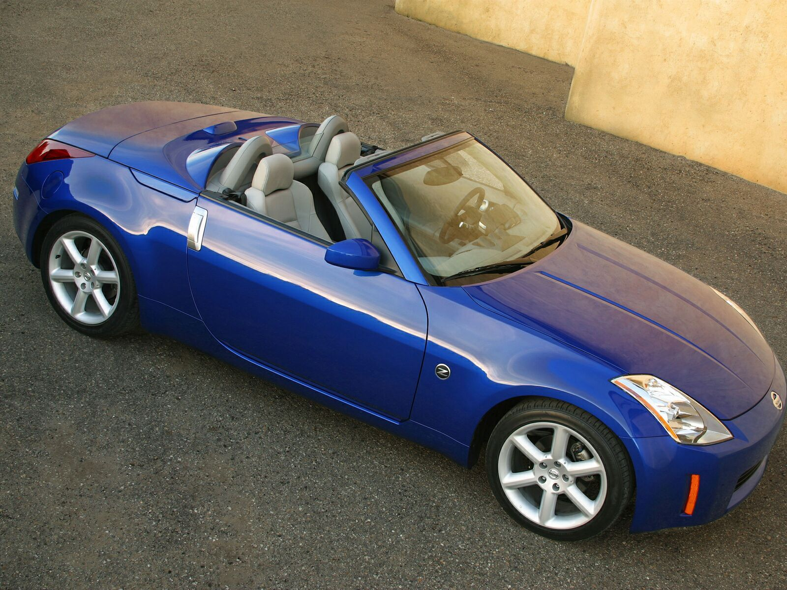 cars used automatic gt convertible sat auto petrol nissan camera nav reverse classifieds