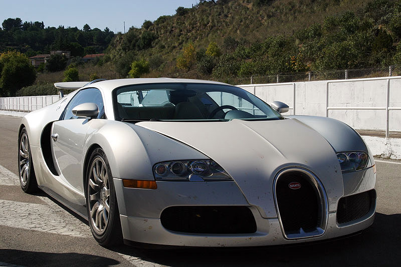 bugatti veyron top speed video 1230carswallpapers new bugatti veyron super sport top speed. Black Bedroom Furniture Sets. Home Design Ideas